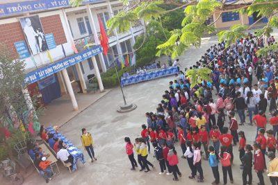 Liên đội tổ chức ngày tiến bước lên đoàn 26/3: Múa hát dân vũ sân trường